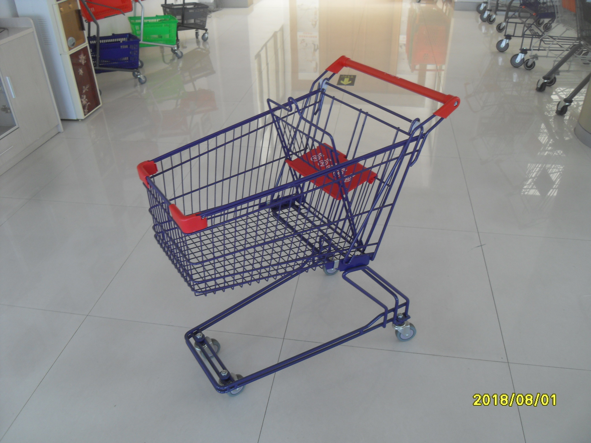 Safety Plastic 75L Retail Wire Shopping Cart  With Easy Pushing Handle