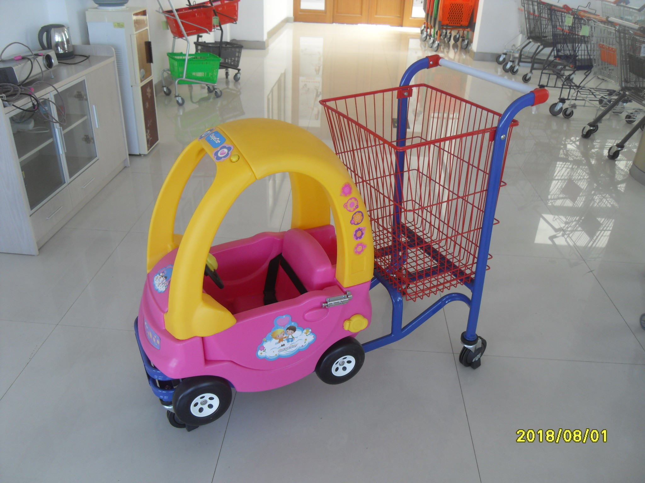 Red Powder Coated childrens shopping cart travelator casters With Toy Car